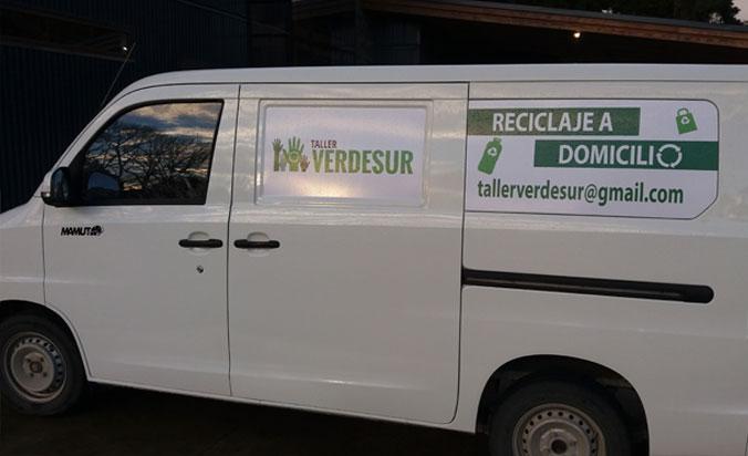 Retiro de residuos reciclables y educación medioambiental